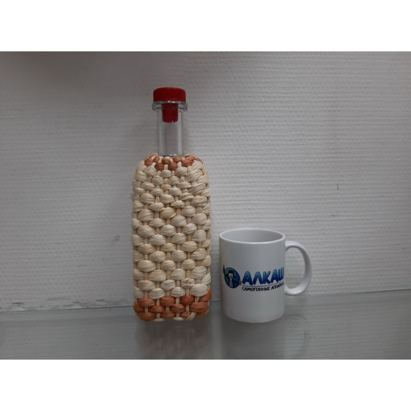 Бутылка Хуторок 0,5 литров с прутьями лозы